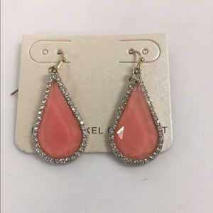 Tear drop fashion earrings coral with rhine…